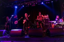 September Girls @ Belgrave Music Hall, Leeds on 03-04-2015