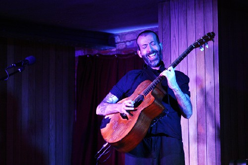 Jon Gomm @ The HiFi Club, Leeds on 05-10-2017
